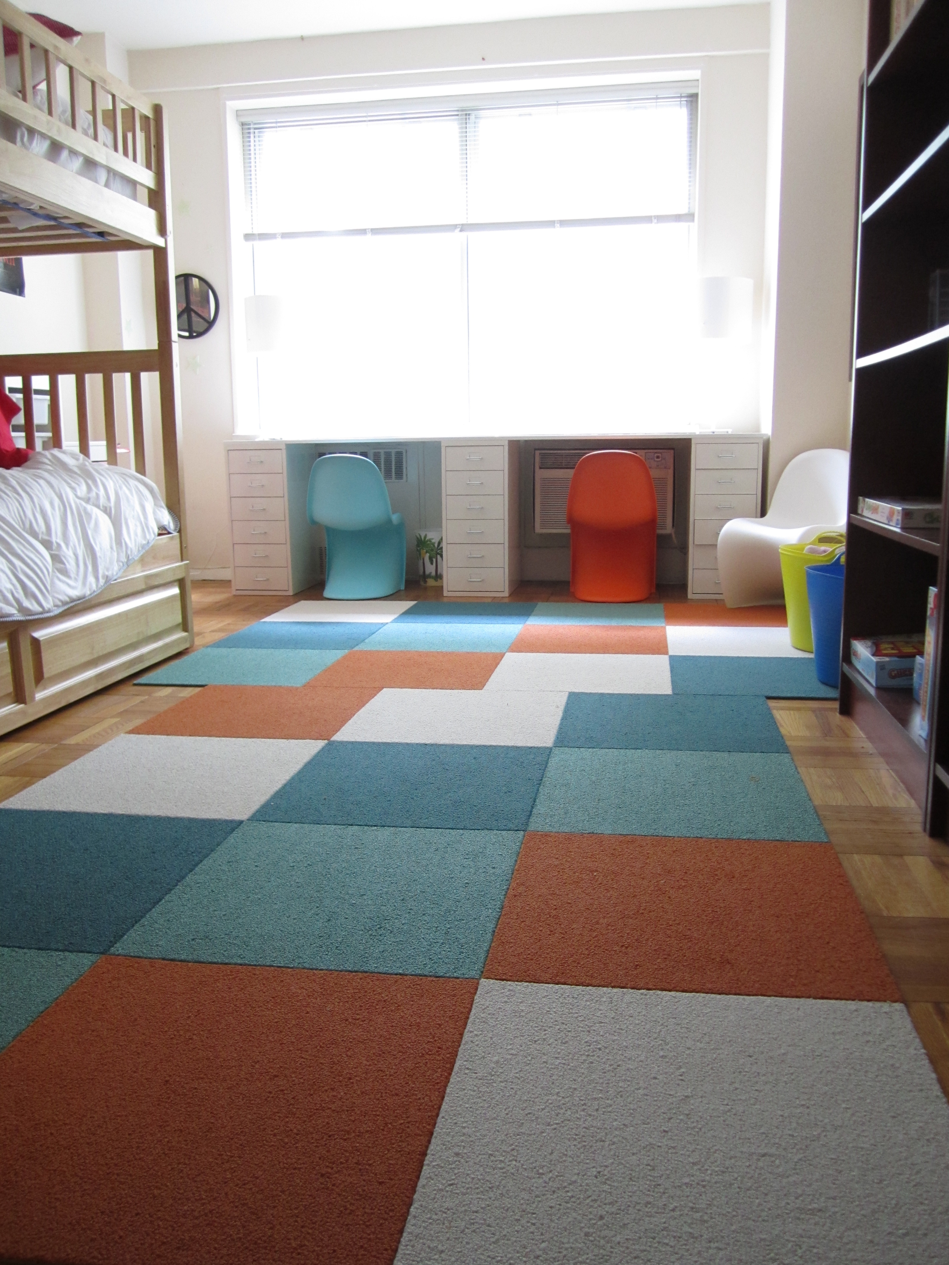 Rug for boys room the boo and the boy red boat carpet for Rugs for boys bedrooms