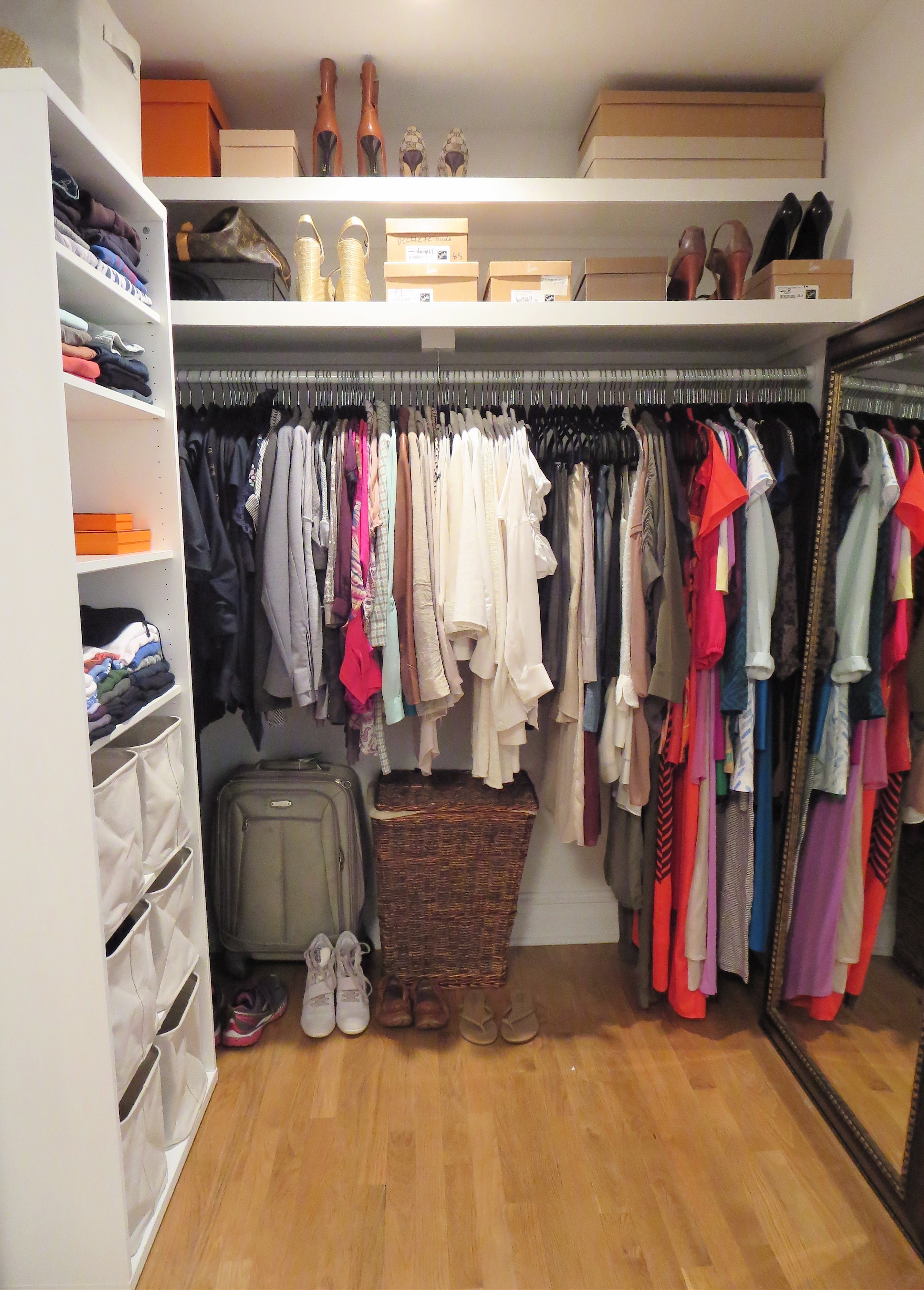Download how to build a walk in closet system plans diy for Walk in closet plan